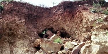 Tunnel erosion in Marburg, Queensland